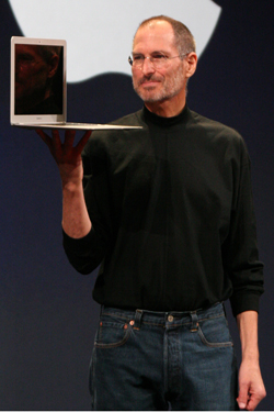 Steve Jobs iPhone 4S, iPhone 4 & iPod touch 4G Free Wallpaper 25