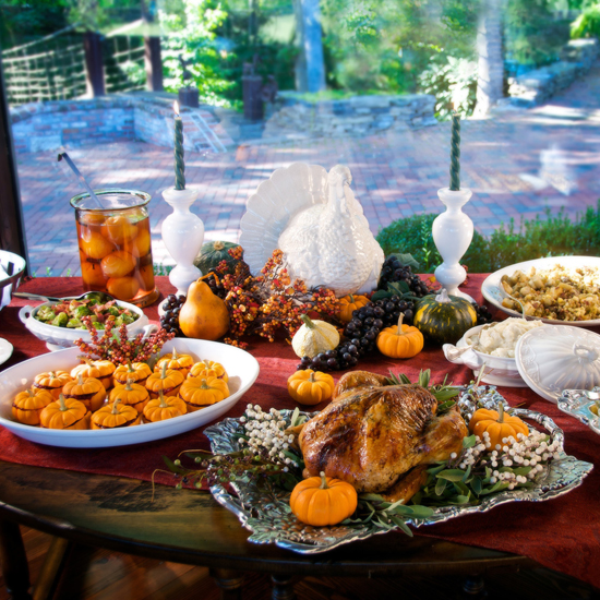Free Thanksgiving Wallpapers for iPad: Table Decorations 10