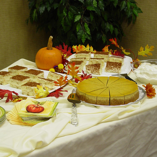 Free Thanksgiving Wallpapers for iPad: Table Decorations 6