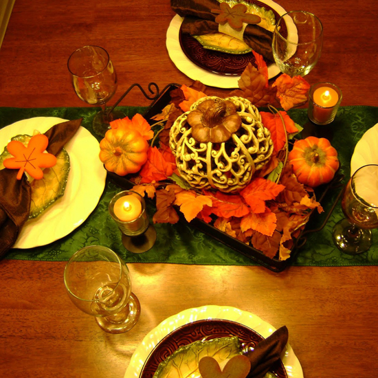 Free Thanksgiving Wallpapers for iPad: Table Decorations 9